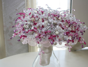 Posy Brooch Bouquet